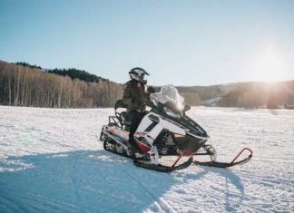 Snowmobilers Should Focus on Safety When Hitting the Trails This Winter - Outdoor Newspaper